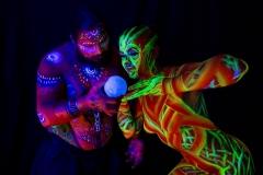2018 LabodyPaint - Deux dieux surveillent la planète ...